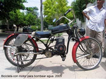 "Ernesto Oroza.""Rikimbili"" 2005 Bicicleta con motor de bombear agua acoplado"