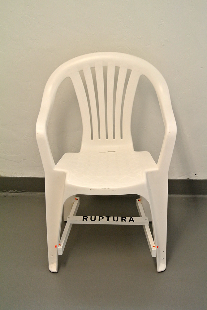oroza_corrected-chair-DSC_1354
